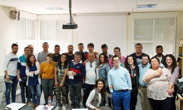 """La Escuela Profesional """"Renova- Tajosolar"""" acoge a Fundhex en una Jornada de Sensibilización celebrada en Casar de Cáceres."""